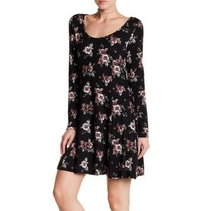 Lush long sleeve black floral dress Small